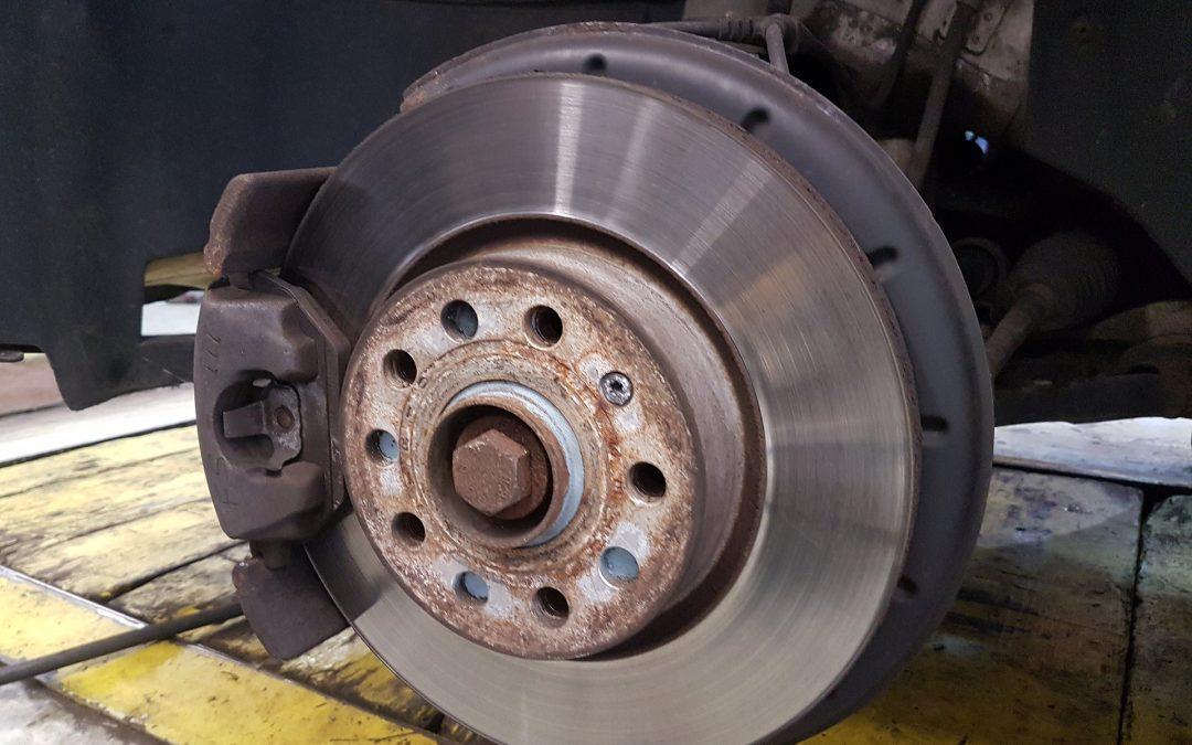 Comment savoir si vous avez vraiment besoin de nouveaux freins ?