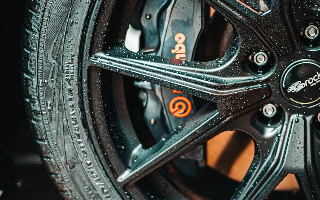 5 problèmes de pneus courants rencontrés par les conducteurs