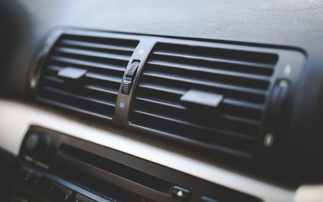 Le climatiseur de votre voiture n'accepte pas le fréon